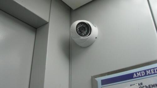 Камера видеонаблюдения в лифте